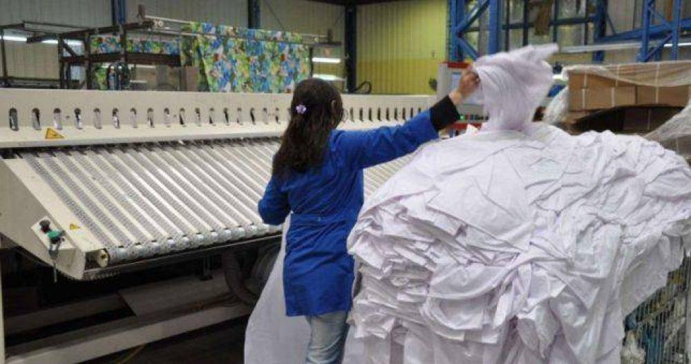 El 60% de las empresas textiles redujo su personal en 2018 y el 50% anticipó que lo hará este año