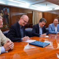 El Gobierno firma un contrato de garantía por hasta 250 millones de dólares para licitación de proyectos renovables