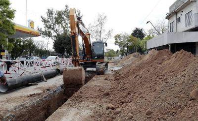 Están en marcha más de 20 obras de extensión de cloacas y agua sábado