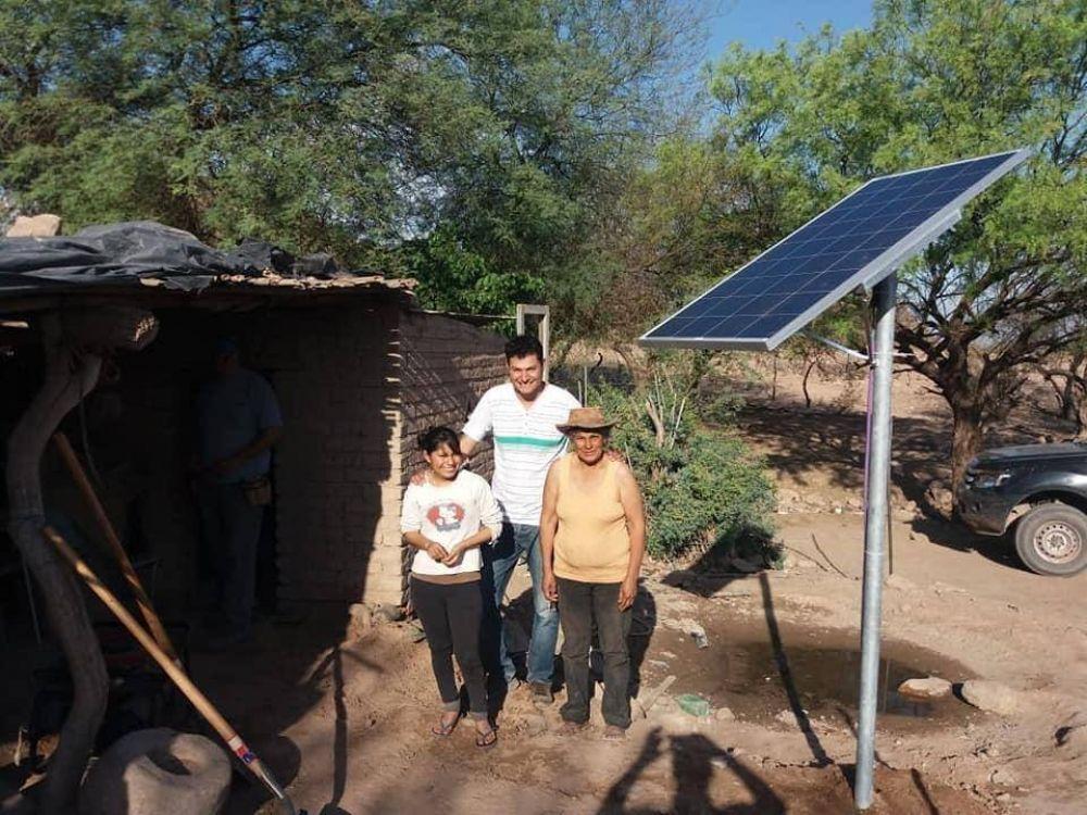 Productores de zonas aisladas recibirán paneles solares