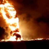 """¿Qué es el """"huachicoleo""""?: El robo clandestino de combustibles que cobró la vida de al menos 85 personas en México"""