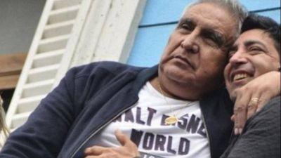 """Murió la hermana del """"Pata"""" Medina: El velorio reunió a las dos facciones de la UOCRA"""