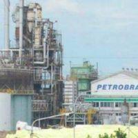 Pampa Energía cierra su planta de Etileno y otros 50 trabajadores quedan en la calle
