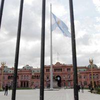 Rodríguez Larreta busca legalizar las rejas en la Plaza de Mayo