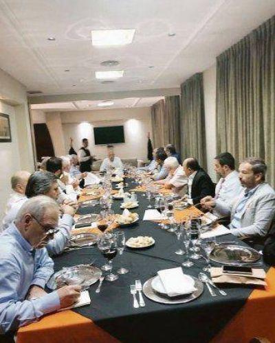 CGT: Barrionuevo prepara cumbre a solas con la