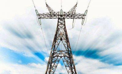 Unos 400 trabajadores quedaron en la calle por la interrupción de una gran obra eléctrica