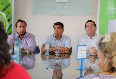 El ministro Javier Tizado presentó en Mar del Plata el Programa Provincial Comprá Pyme Textil
