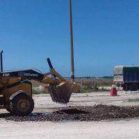 Efectuaron reparación de calles en la Playa de Camiones