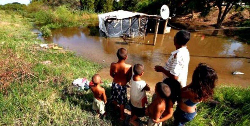 Las juventudes de 35 sindicatos de la Región juntan donaciones para los inundados del Litoral
