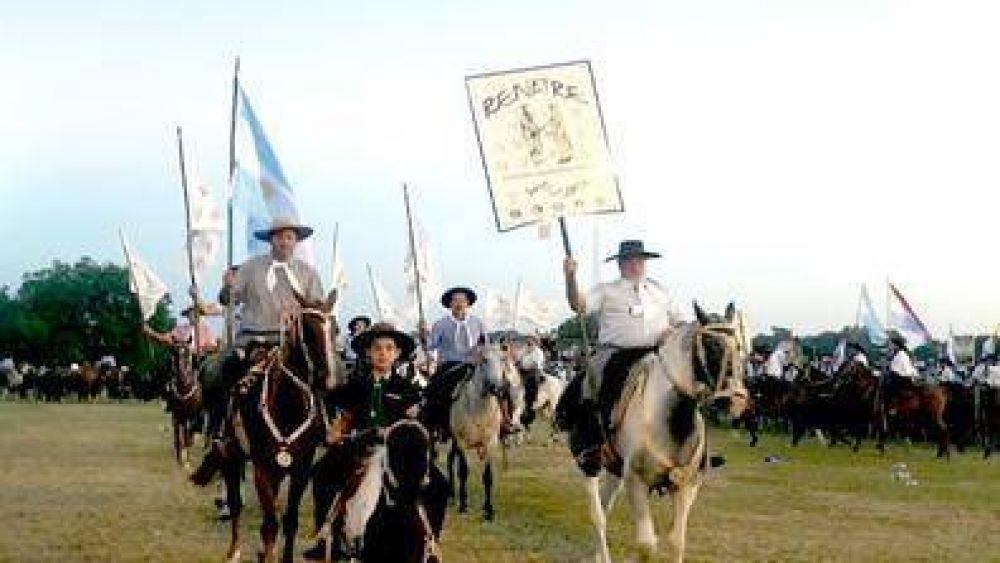 """Presencia del RENATRE en el """"48º Festival Nacional de Jineteada y Folclore"""" en Entre Ríos"""