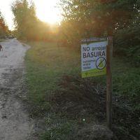 Los vecinos llevaron adelante una jornada de limpieza en Las Acacias