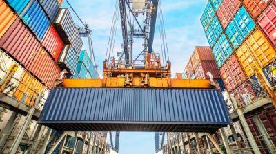 El déficit comercial se desplomó un 54% en 2018 por la recesión y la devaluación