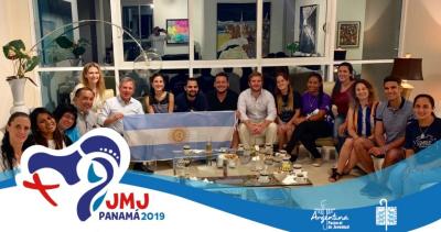 El embajador argentino recibió a delegados de Pastoral de Juventud