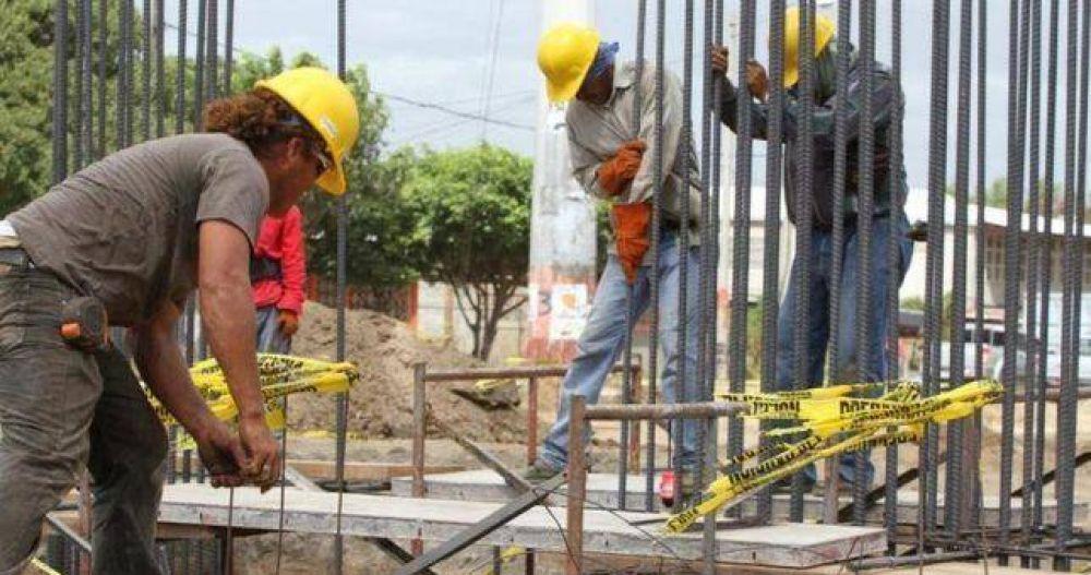 La construcción destruyó el 5% de sus empleos formales en noviembre y ya no quedan brotes verdes