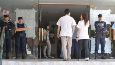 Vidal refuerza la seguridad en los hospitales públicos por más de 290 millones de pesos