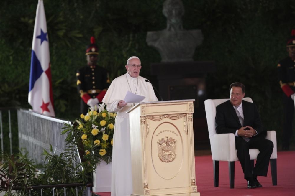 El Papa reclamó transparencia para enfrentar la corrupción en la región