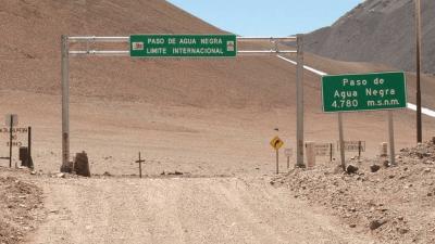 Piden precaución al transitar por un tramo del Paso de Agua Negra y otro de la Ruta 40