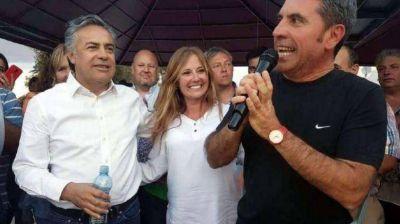 Desdoblamiento de las elecciones: Cornejo ya está en Mendoza y se reunirá con Difonso