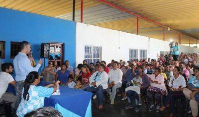 Zaragoza en asamblea pública habló de gestión, administración y política