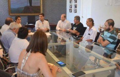 Municipio y productores firman acta para gestionar asistencia por pérdidas  Tras el desastre hídrico