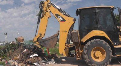 Realizan operativo de saneamiento ambiental en la zona oeste de Resistencia