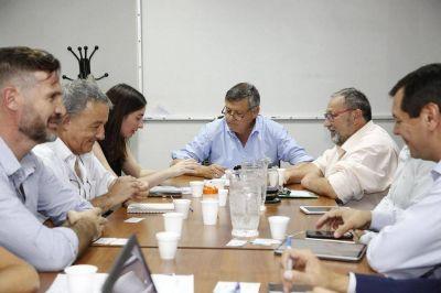 Peppo analizó proyectos de infraestructura hídrica junto a autoridades nacionales