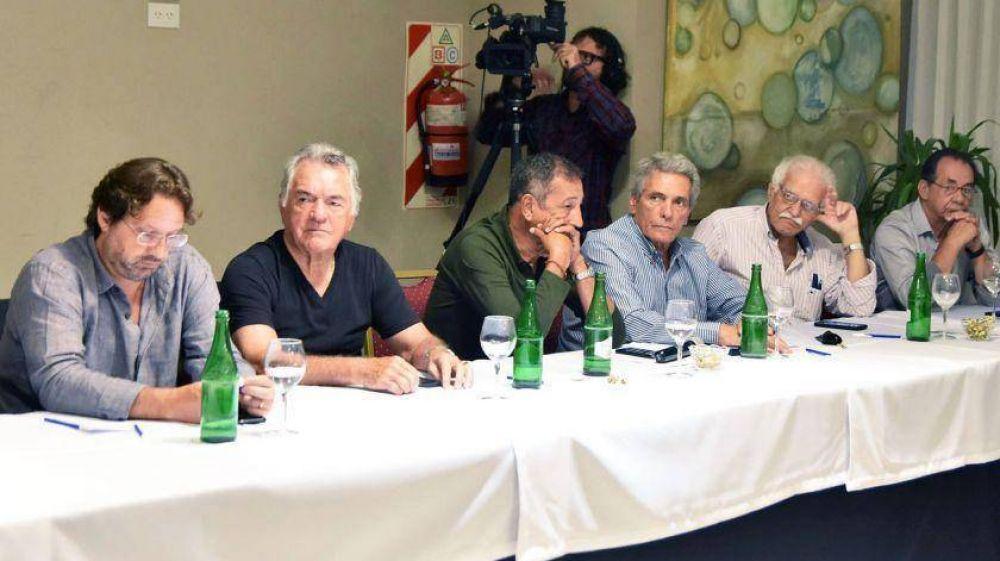 Lavagna tuvo su primera cumbre de apoyo de dirigentes y sindicalistas