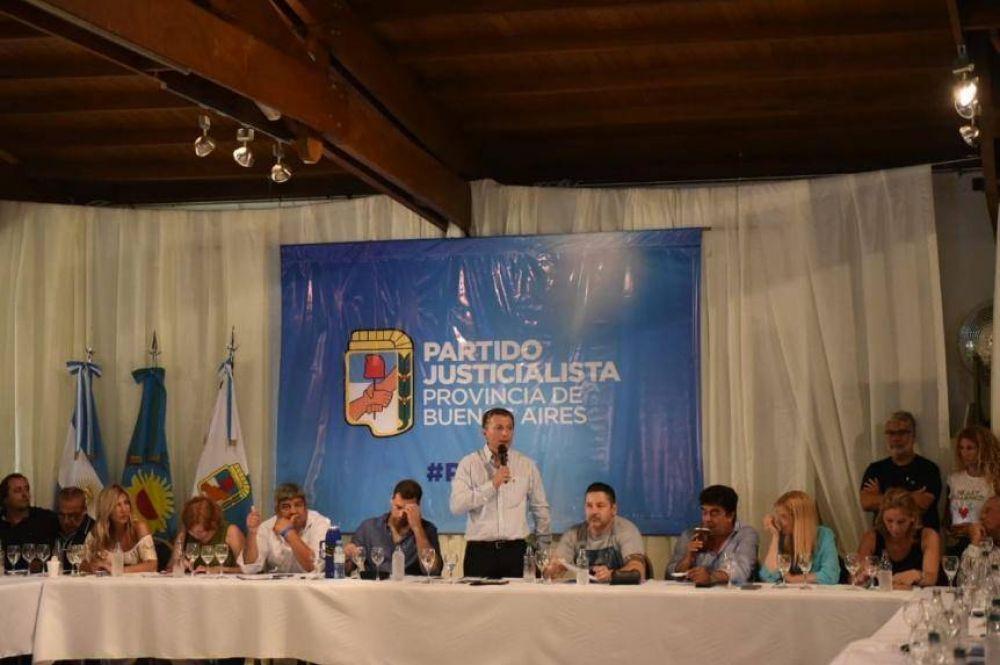 """El PJ abrió la cancha y habilitó a los candidatos a que salgan a """"recorrer"""" la provincia para instalarse"""