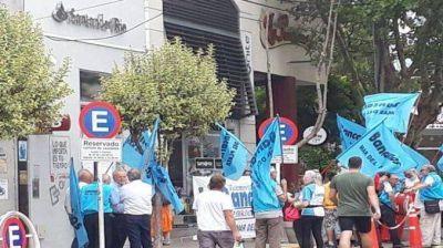 Bancarios denuncian precarización laboral