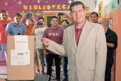 La Rioja: Casas podría presentarse a un nuevo mandato
