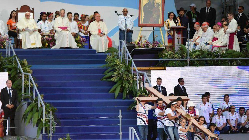 Abusos, la denuncia del Papa: gente sin escrúpulos también en la Iglesia