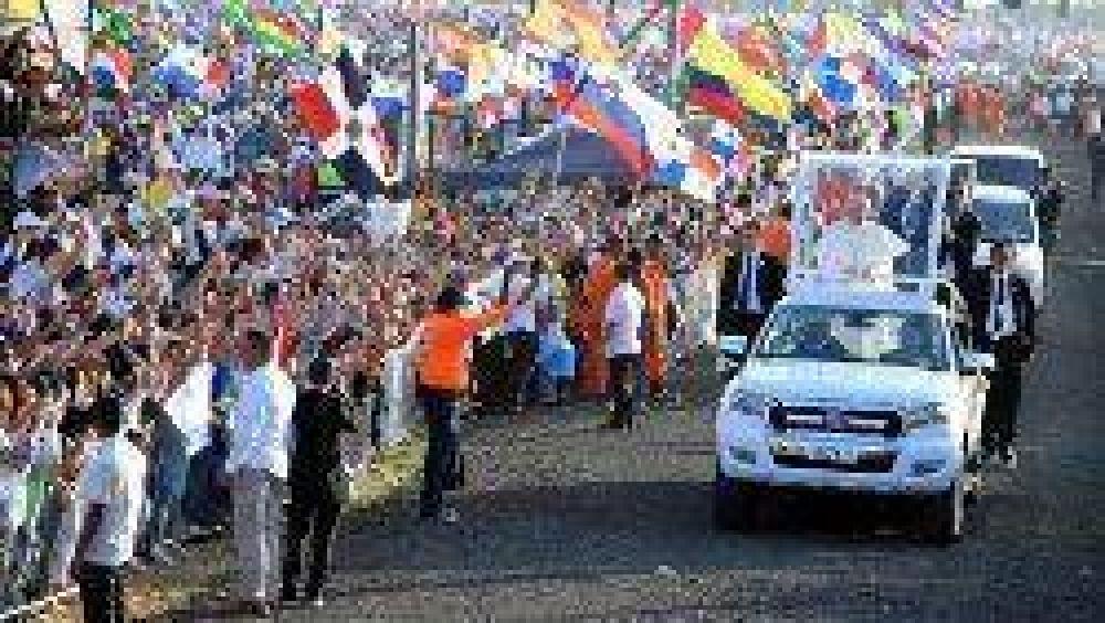 El Papa a los voluntarios: sigan adelante, con coraje y valentía