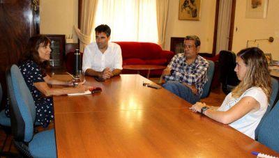 López recibió a nueva autoridad educativa de la Provincia