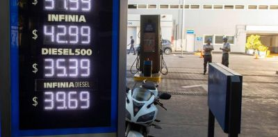 En diciembre la venta de nafta cayó 7,1% y la de gasoil bajó 6,9%