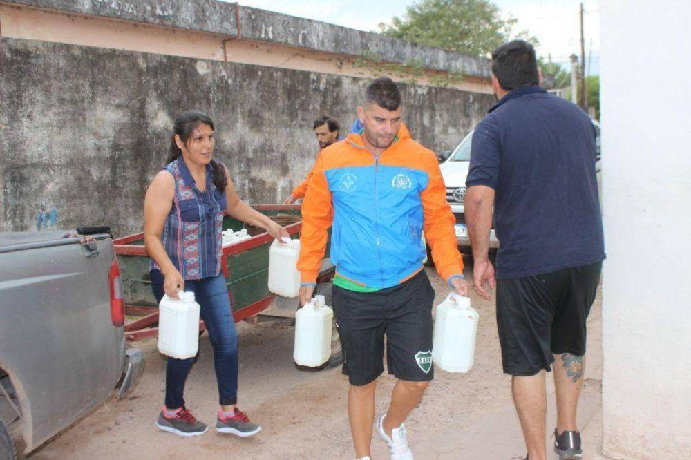 Obras Sanitarias llevó solidaridad a los Juríes en Santiago del Estero tras los desastres
