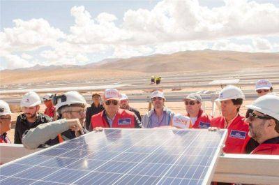 Morales recorrió el Parque Solar Cauchari