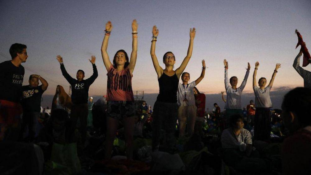 El Papa a los jóvenes: la juventud no es una sala de espera, son el ahora de Dios