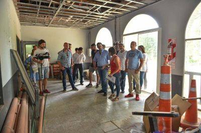 En Ingeniero Maschwitz, Ariel Sujarchuk supervisó las obras del cuarto jardín municipal