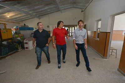 Juan Andreotti recorrió la obra que San Fernando lleva adelante en el Jardín Provincial N° 914