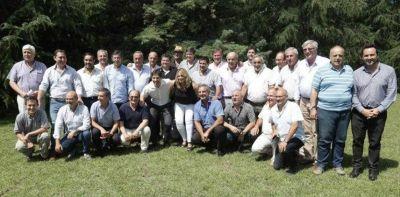 Los intendentes de la UCR exigen que Daniel Salvador vuelva a ser el vice de María Eugenia Vidal