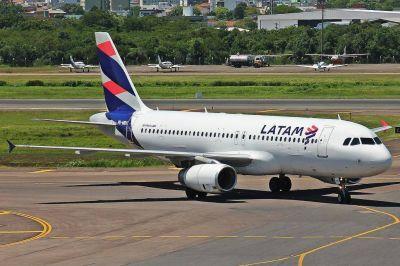 El Gobierno dicta la conciliación obligatoria para frenar un paro de gremios aeronáuticos en Latam