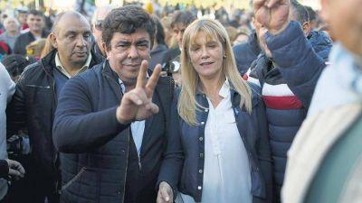 """La pareja Magario - Espinoza estuvo en La Costa haciendo """"falsas promesas"""""""