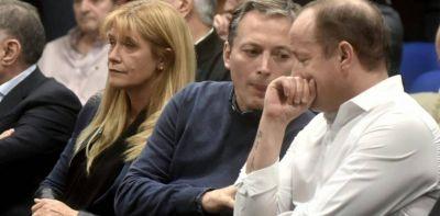Los intendentes del PJ insisten en colocar al candidato a gobernador y le ponen un veto a Axel Kicillof