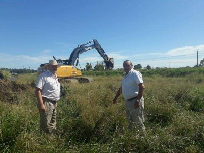 Sánchez y Poggi recorriendo el sector de ampliación del Parque Industrial: Realizarán playa de estacionamiento para camiones