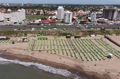 Las playas públicas de la ciudad recibieron a más de 220 mil personas