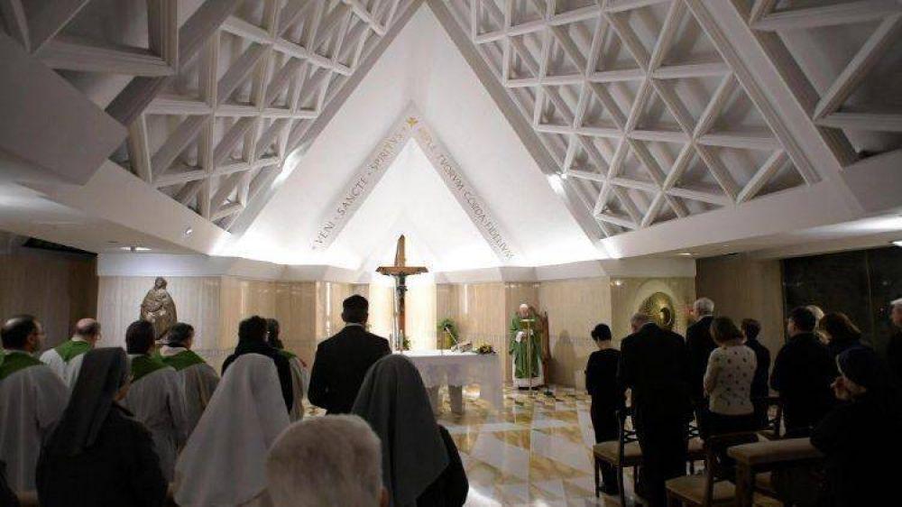 Papa en Santa Marta: Sean perseverantes en el momento de la desolación