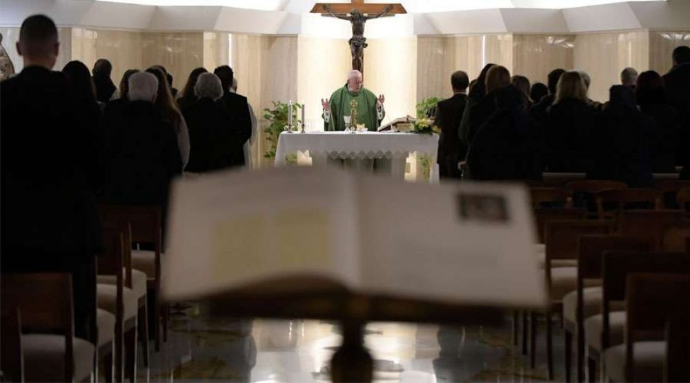Papa Francisco: La vida cristiana no es un carnaval, tiene momentos bellos y difíciles