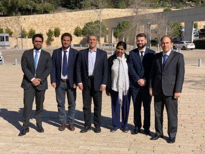 En Jerusalén, Agustín Zbar visitó junto con Margarita Barrientos una importante organización social israelí