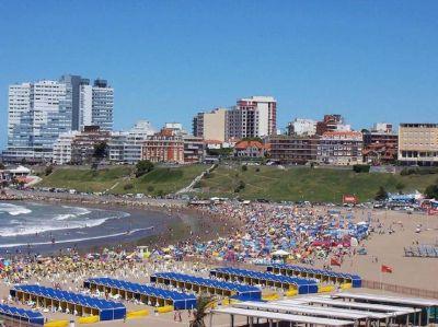 Los costos de vacacionar en la costa argentina: todos los números de una temporada devaluada