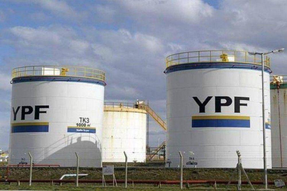 Autorizan a YPF y Tecpetrol a transportar petróleo